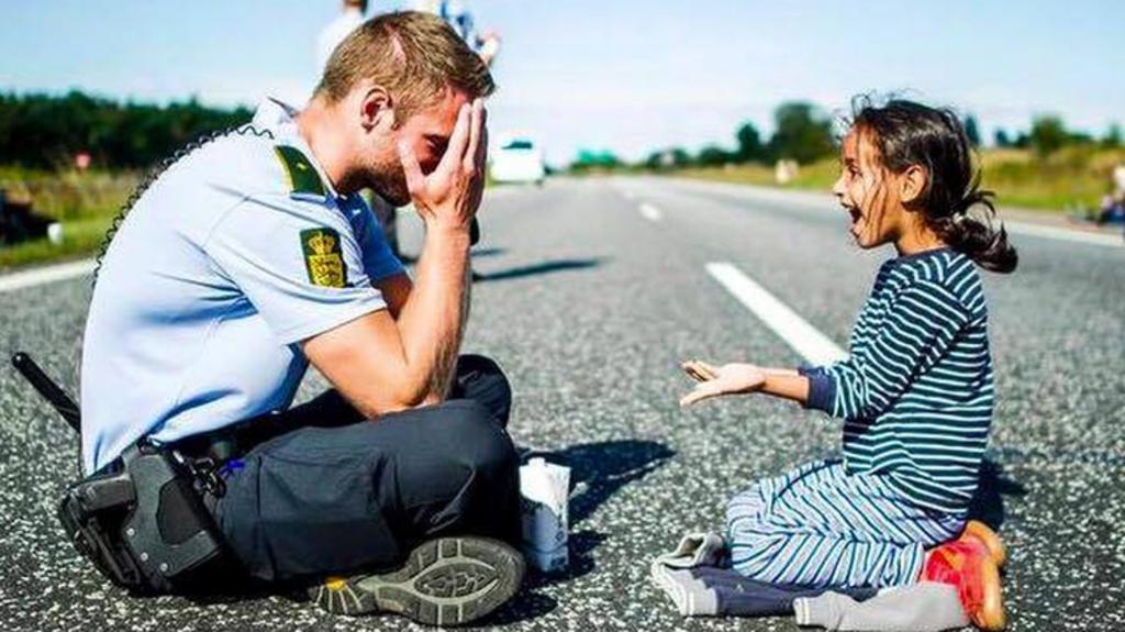Vad händer med Sverige om det inte är synd om flyktingar?